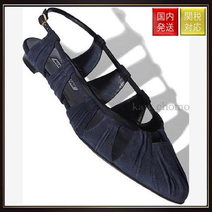 【マノロブラニク】Navy Suede Gather Detail Flat Shoes Navy Manolo Blahnik(マノロブラニク) バイマ BUYMA