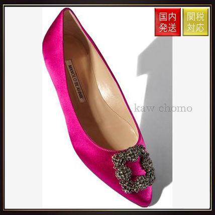 【マノロブラニク】Pink Satin Jewel Buckled Flats Pink Manolo Blahnik(マノロブラニク) バイマ BUYMA